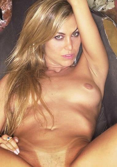 Really hot girl fucking