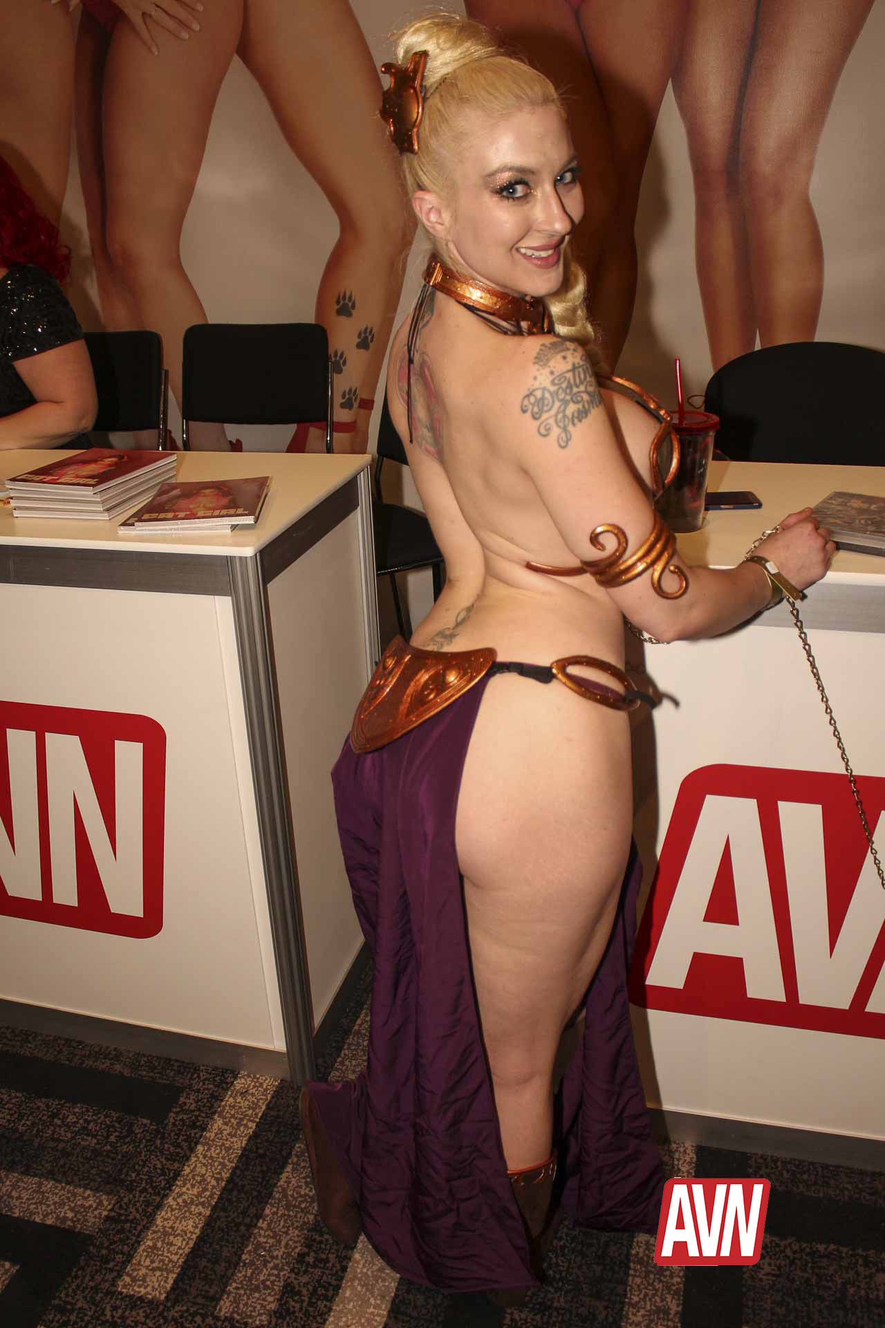Newest Award Shows Porn Images