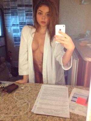 Sarah Hyland (27)
