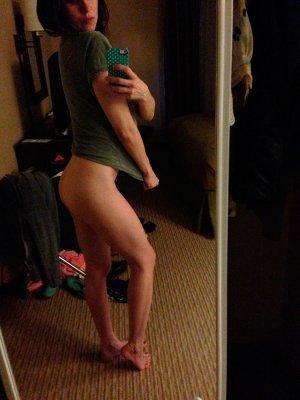 Alison-Brie-nua-pelada-naked-(42)