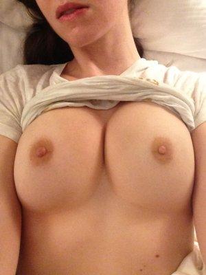 Alison-Brie-nua-pelada-naked-(49)
