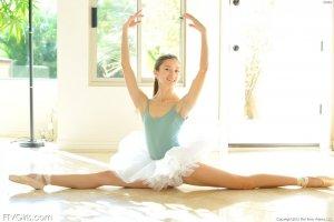 claire bailarina 1