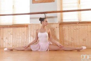 Mea Melone bailarina 1