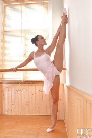 Mea Melone bailarina 8