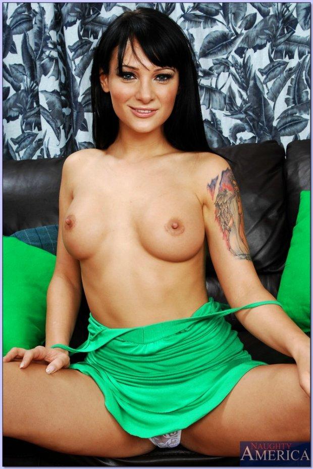 Victoria Sin Porno
