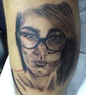 mia khalifa tatuagem 1