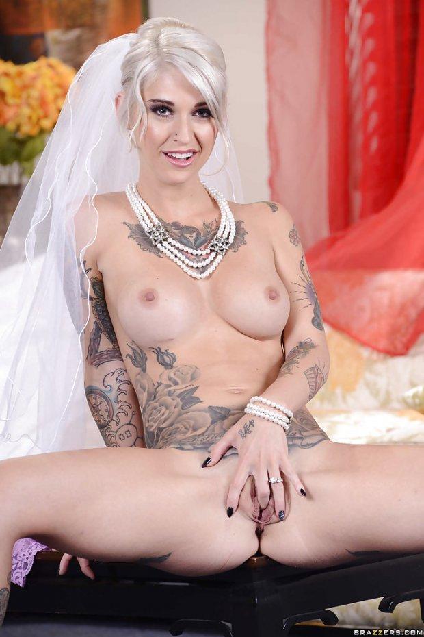 Kleio Valentien bride 3