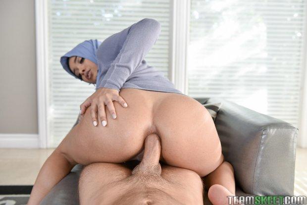Aaliyah Hadid-arab-muslim-hijab-porn-atriz porno-porno-