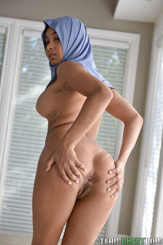 Aaliyah Hadid-arab-muslim-hijab-porn-atriz porno-porno-6